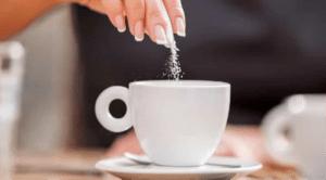 شکر در قهوه