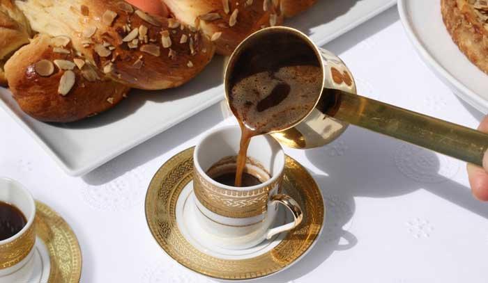 نوشیدن قهوه و چای در دوران قرنطینه کرونا